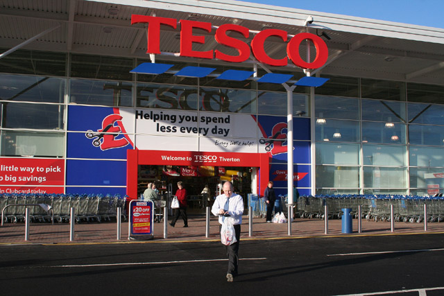 Tiverton,_Tesco_-_geograph.org.uk_-_85534